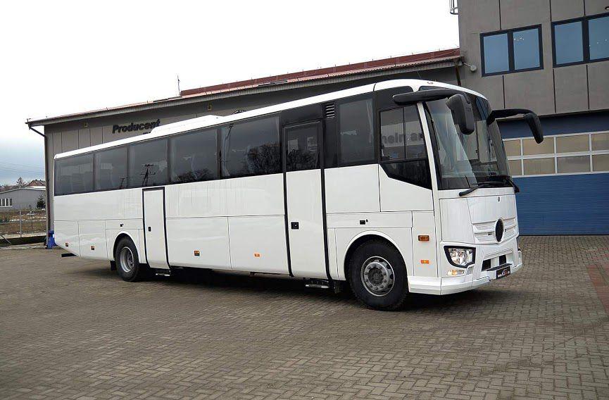 Tipo: Midibús Chasis: Mercedes-Benz Capacidad: 41+G+C