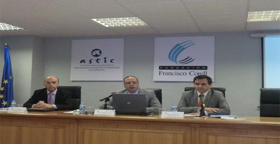 Un informe presentado por CCOO propone incrementar los impuestos para el transporte por carretera, según Astic