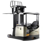 Crown presenta las nuevas carretillas ESR 5200 para 'alcanzar un máximo rendimiento en los espacios pequeños'