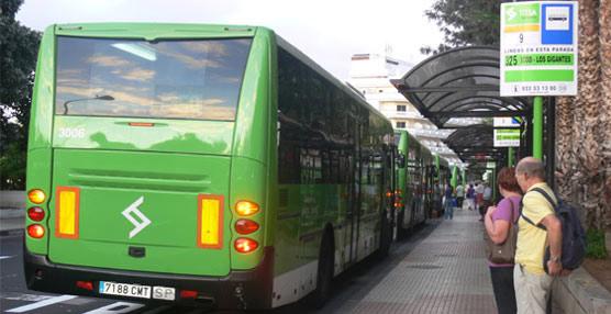 TITSA pone a disposición de los usuarios el nuevo bono de 25 euros 'para facilitar el acceso al transporte público'
