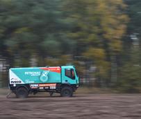 Cuatro Trakker 4x4 fabricados en Madrid estarán presentes en el Dakar de la mano de Petronas De Rooy