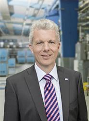 ZF pondrá en marcha un nuevo concepto de dirección 'que reducirá los miembros del Consejo de Dirección a seis'  en 2013
