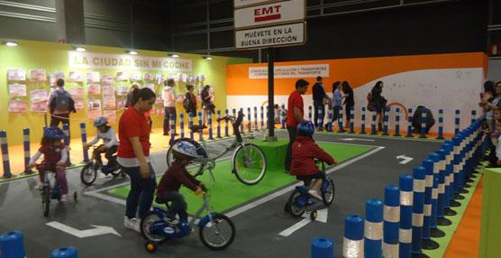EMT Valencia participa en Expojove con un 'stand' interactivo con el que fomentar la movilidad sostenible