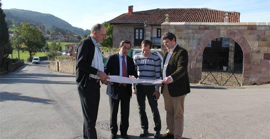 El 'Torrebús' llega desde el pasado viernes a la localidad cántabra de Viérnoles, en Torrelavega