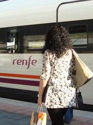 Renfe implanta los nuevos abonos Tarjeta 10 Plus en el tren  Avant hacia Valladolid con rebajas del 56%