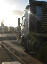 Las previsiones anuncian un 2013 con una menor caída de la actividad en el transporte