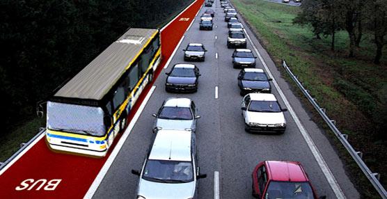 Viajar en vehículo privado es 'tres veces más caro' que hacerlo en alguno de los modos de transporte público