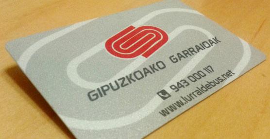 La tarjeta Lurraldebus entra en funcionamiento 'como paso previo al Billete Único para todo el territorio de Guipúzcoa'
