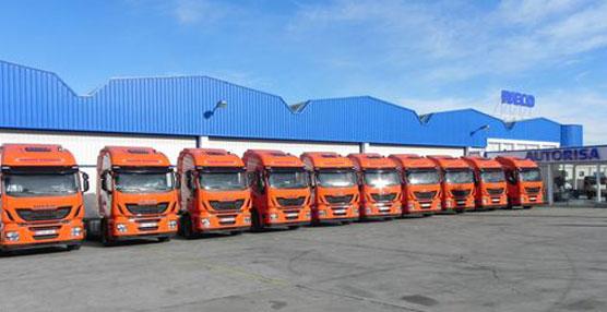 Iveco ha entregado diez unidades del nuevo camión Stralis Hi-Way al grupo logístico riojano Arnedo