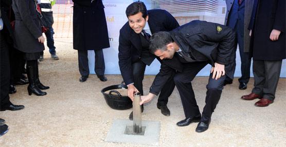 El grupo Grimaldi coloca la primera piedra de su futura terminal en el Puerto de Barcelona