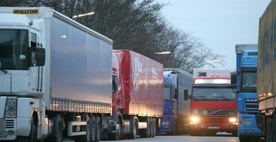 Las matriculaciones de los vehículos industriales vuelven a caer un 43,8% en el mes de Diciembre con respecto a 2011