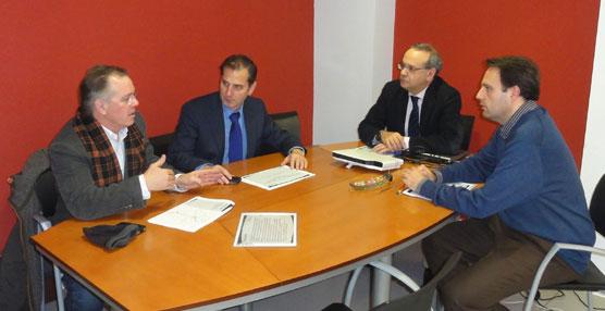 Fomento inicia un Plan de mejora de la seguridad de las paradas de autobús en la provincia de Navarra