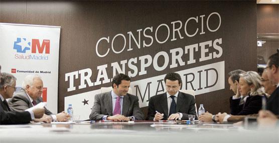 Los usuarios del transporte público madrileño podrán aprender a reconocer los síntomas que producen un ictus