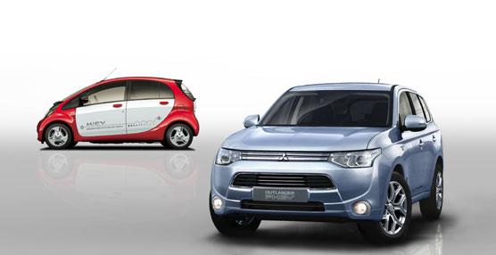 Preestreno del Mitsubishi Outlander PHEV europeo en el Salón del Automóvil de Ginebra de 2013