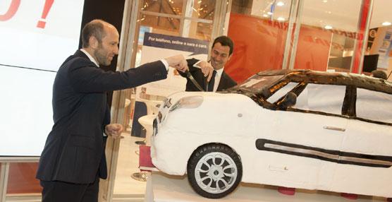 Avis incorpora a su flota el nuevo Fiat 500L, cuyo diseño interior ha estado a cargo del español Virgilio Hernández