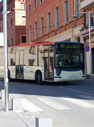Menos autobuses y frecuencias para reducir el déficit del bus urbano en la ciudad de Teruel