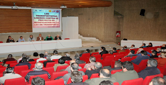 El sector del transporte ligero se manifestará el próximo 20 de Febrero en Madrid con una marcha de camiones