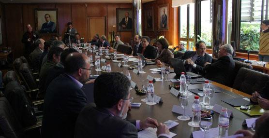 Constituido el Foro para el Transporte y la Logística de Huelva 'para la realización de infraestructuras prioritarias'