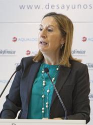 La ministra de Fomento, Ana Pastor, interviene en encuentro organizado por la CEDE