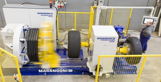 El grupo italiano Marangoni lanza al mercado una nueva línea de cintas de rodadura precuradas, la gama BLACKLINE