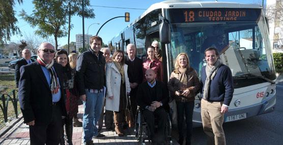 Málaga cuenta con una nueva línea de la EMT que une el norte de la ciudad con el entorno de la universidad y el hospital clínico