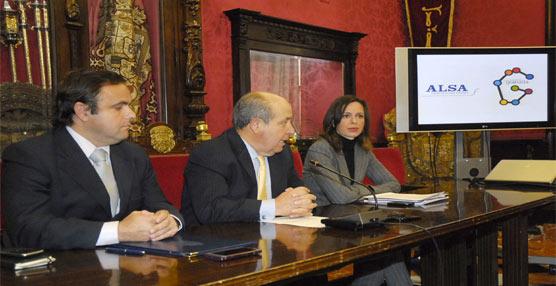 Alsa promocionará 'los encantos' de Granada a través de sus autobuses que recorren todo el territorio nacional