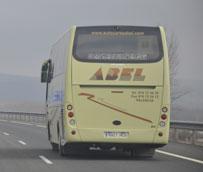 La subida en el precio del billete de autobús regular interurbano se hace a escasos días de su subida anual
