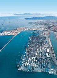 Algeciras y Valencia están entre los diez primeros puertos de mercancías de la Unión Europea
