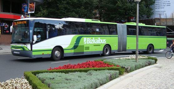 La tarjeta Barik llega al servicio de autobuses de Vizcaya, Bizkaibus, que pone en marcha un autobús eléctrico