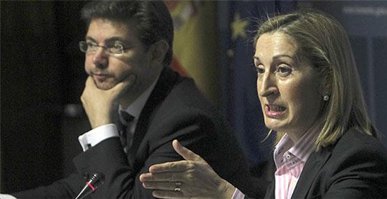 Catalá contradice a Pastor y no descarta que  los conductores paguen peajes por usar las autovías
