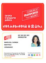 Los jóvenes dan un notable a la nueva tarjeta sin contacto de transporte de la Comunidad de Madrid