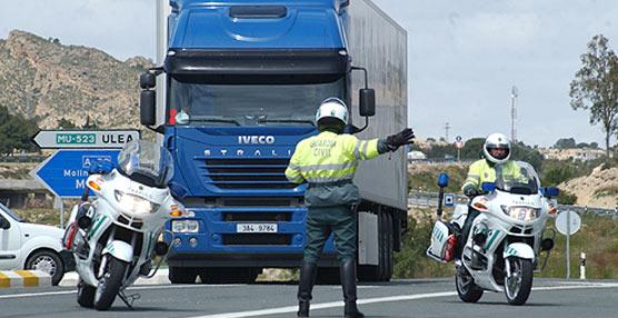 Tráfico pone en marcha una campaña para el control de velocidad en carreteras convencionales