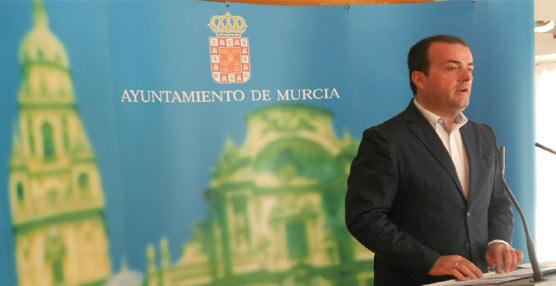 Murcia subvencionará el transportesuburbanoa losjubilados, los pensionistas y lasfamilias numerosas