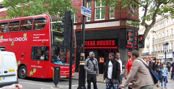 Un estudio británico destaca el impacto positivo del autobús urbano para la economía, la salud y el medioambiente