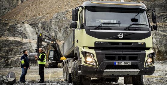 Volvo Trucks presenta en Bauma el nuevo FMX equipado con sistema de dirección dinámica y una cabina renovada