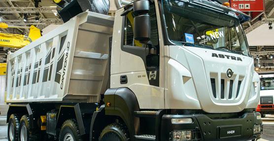 Ivecomuestra en Bauma sus novedades en vehículos industriales para 2013 entre ladrillos y materiales de construcción