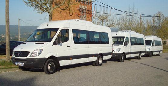 Car-bus.net hace entrega de tres unidades LEPUS a Francia através de su distribuidor Negobus