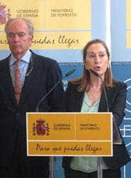La ministra de Fomento garantiza la viabilidad del anillo ferroviario de Antequera