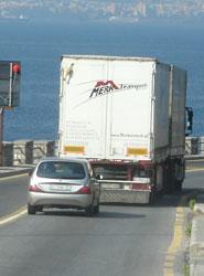 UPN pide al Gobierno que permita camiones más largos y pesados para el transporte de madera