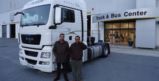 MANentrega tres tractoras TGX EfficientLine a empresarios de Andalucía Oriental