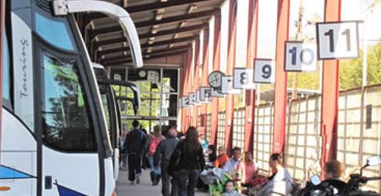 Los trabajadores del transporte urbano de Lorca irán a la huelga después de tres meses sin cobrar