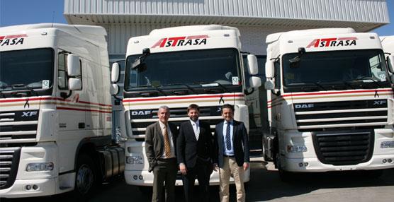 El grupo de transporte Astrasa adquiere 15 nuevos camiones DAF XF 105.460 para renovar su flota
