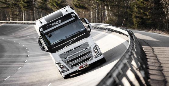 Volvo Trucks renueva toda su gama de vehículos incorporando servicios y funciones 'pensadas en el conductor'