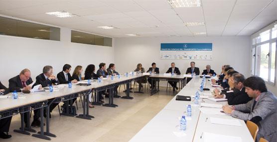 La primera promoción del Grado en Ciencias del Transporte y la Logística, único en España, finalizará en Junio