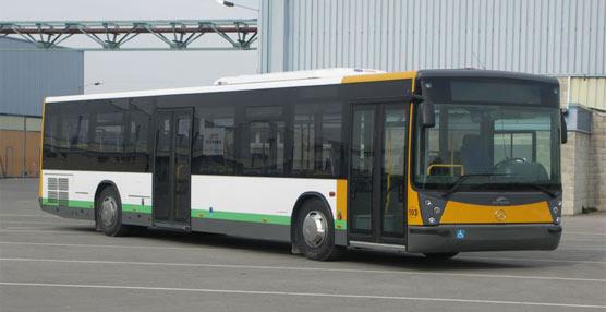 La empresa concesionaria del transporte urbano de Jaén pone en marcha un nuevo autobús 'más moderno y ecológico'