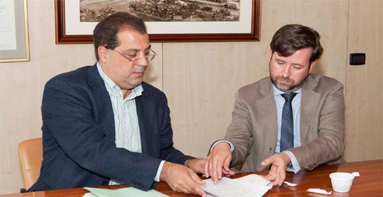 La compañía Titsa y los representantes sindicales evitan los despidos gracias a la ampliación del ERTE