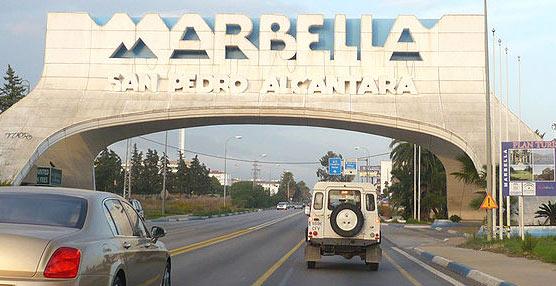 IU plantea medidas para favorecer el uso del transporte público entre los jóvenes y estudiantes de Marbella