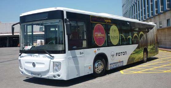 TMB pone en funcionamiento un autobús híbrido cedido por Foton para someterlo a pruebas sin pasajeros