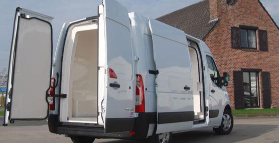 PolyPan presenta Districool, la solución de aislamiento de fácil instalación para furgonetas paneladas
