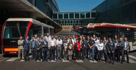 La tercera edición del Hybrid User Forum tuvo lugar en las cocheras que TMB gestiona en Horta